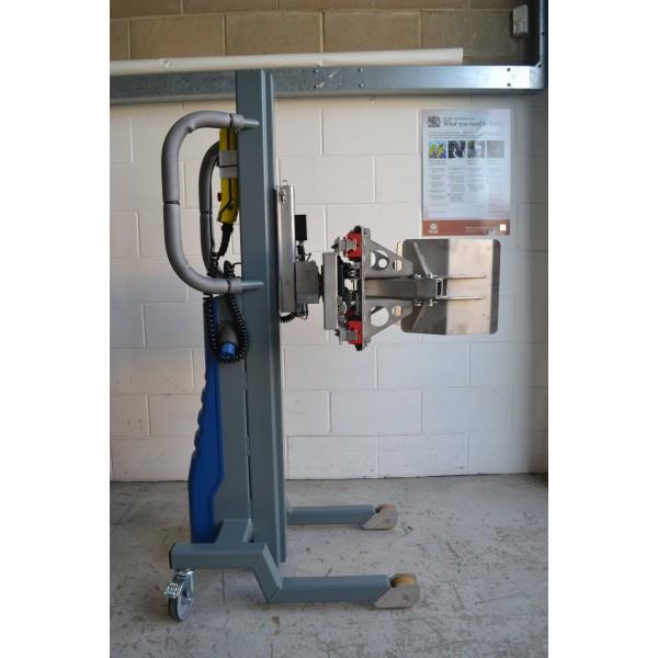 Wózek manipulacyjny 250 kg ze ściskaniem zewnętrznym